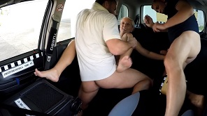 Czech Taxi – Threesome with blonde chick