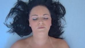 Czech Orgasm – Mature woman gets orgasm